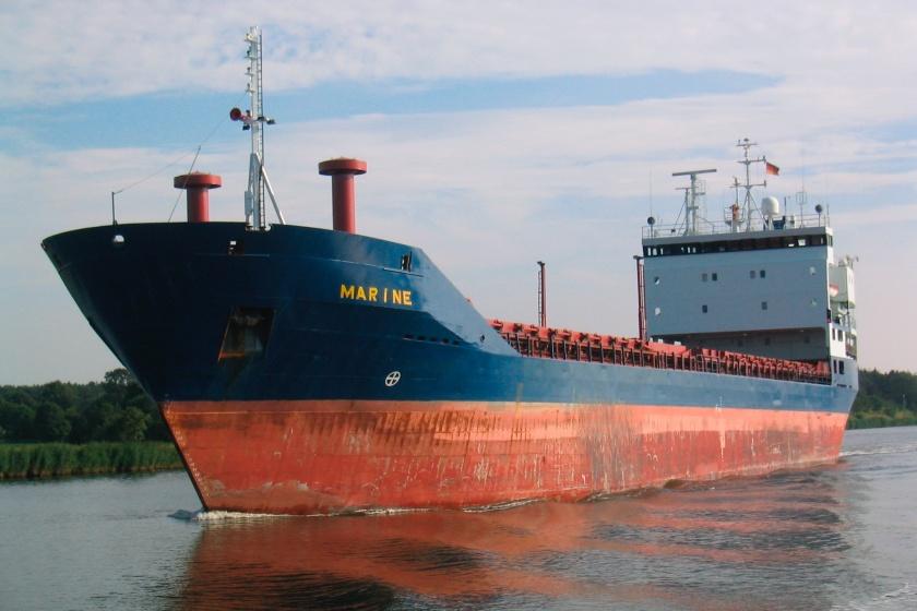 """Schiffe im Nord-Ostsee-Kanal / NOK / Marine / Blick von der """"MS Stadt  Rendsburg"""" bei Fahrt """"Rund um Rendsburg""""  Foto/Copyright: Stefan Fuhr stfuhr@web.de"""